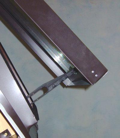 Tende abbaini finestre per tetti lucernari pvc for Finestra nel tetto